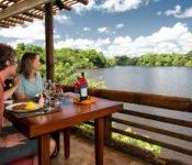Selva Lodge Ecuador - Essen mit Blick auf die Lagune