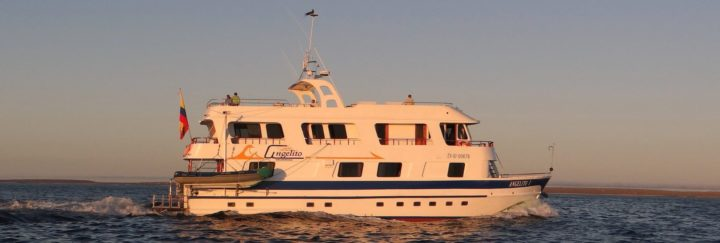 Galapagos Yacht Angelito