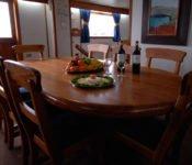 Galapagos Kreuzfahrt Yacht Beluga - Essraum
