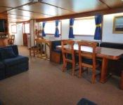 Galapagos Kreuzfahrt Yacht Beluga - Essraum & Salon
