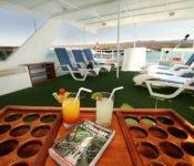 Galapagos Kreuzfahrt Yacht Floreana - Sonnendeck