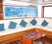 Galapagos Yacht Eden - Lounge