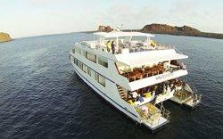 Millenium - First Class Katamaran Galapagos