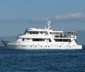 Galapagos Yacht Eden