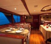 Tauchkreuzfahrt Yacht Galapagos Sky - Abendessen