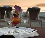 Galapagos Seaman Journey - Essen auf dem Aussendeck