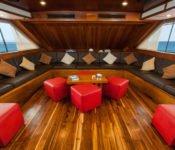 Galapagos Kreuzfahrt Yacht Eric - Lounge