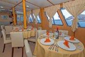 Galapagos Kreuzfahrt Yacht Yolita II - Abendessen