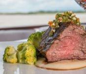 Amazonas Kreuzfahrt Peru - Cattleya Journey Abendessen