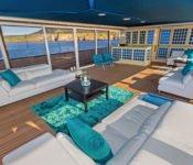 Passion Sky Lounge Galapagos
