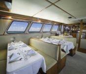 Galapagos Kreuzfahrt Yacht Reina Silvia - Essraum