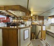 Galapagos Kreuzfahrt Yacht Reina Silvia - Bar