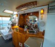 Galapagos Kreuzfahrt Yacht Reina Silvia - Bar auf dem Sonnendeck