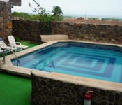 Hosteria Pimampiro, San Cristobal - Swimming Pool