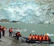 Australis Kreuzfahrten - Landung mit dem Zodiak amPia Gletscher