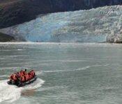 Australis Kreuzfahrten - Zodiakfahrt zum Pia Gletscher