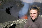 Villarrica Krater mit Lava
