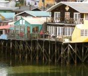 Pfahlbauten in Castro